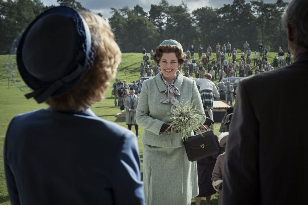 Vương miện S4.  Hình ảnh cho thấy: Nữ hoàng Elizabeth II (OLIVIA COLMAN).  Địa điểm quay phim: Rothiemurchus, Scotland