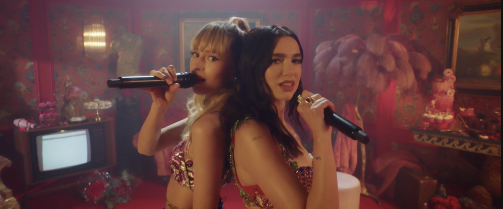 "Dua Lipa and Angele in ""Studio 2054"""