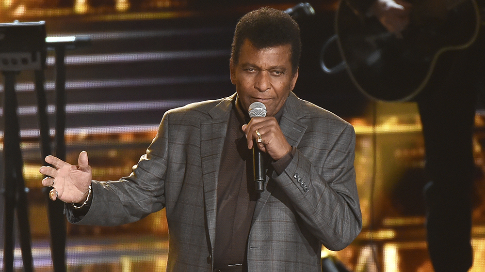 <p>CMAs, Charley Pride Reps Address Speculation That Country Singer Contracted COVID in November Telecast thumbnail
