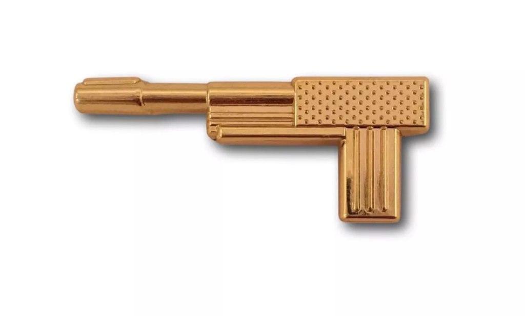 James Bond GoldenEye 007 Golden Gun Collector Pin