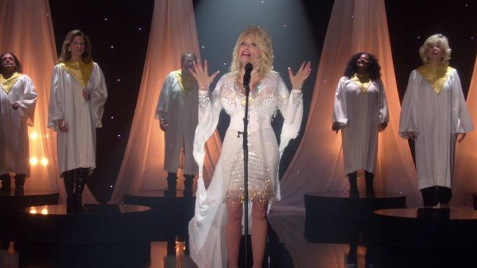 Dolly Parton in her CBS Christmas special