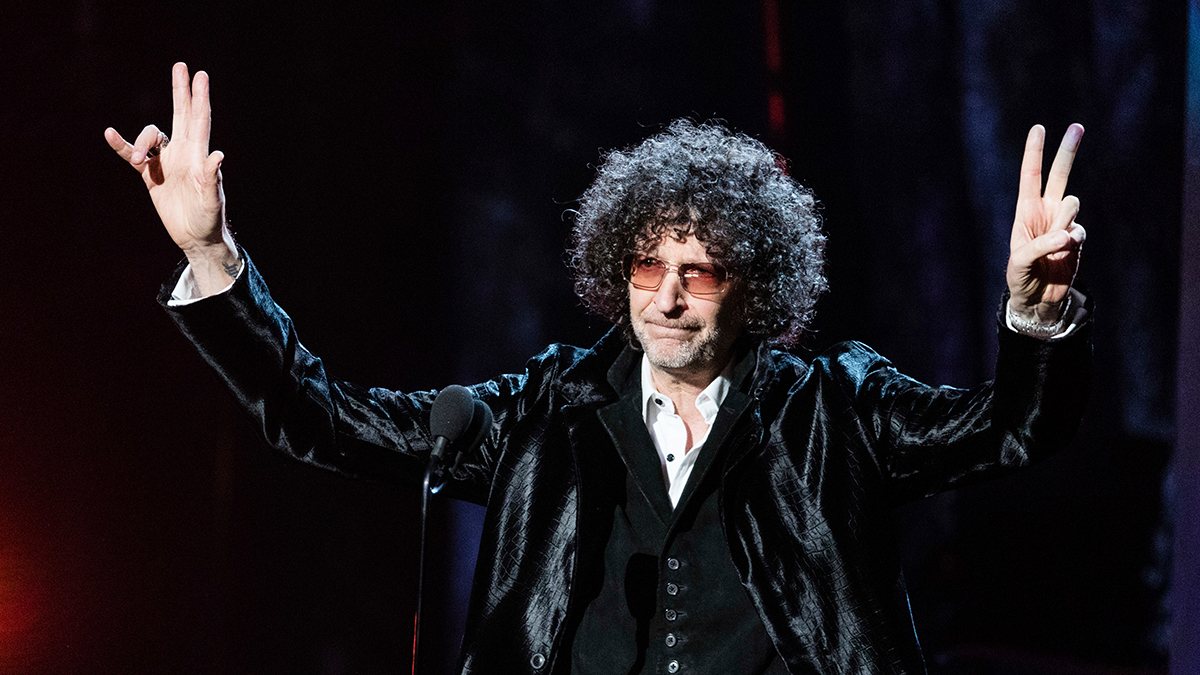 Howard Stern Extends SiriusXM Radio Deal for Five More Years