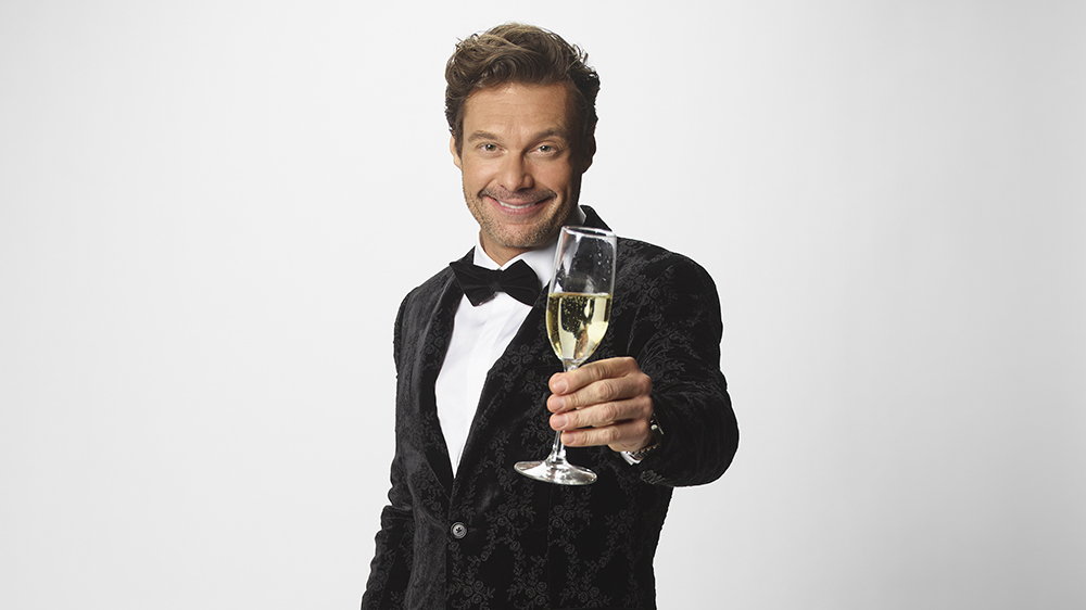 Ryan Seacrest Previews 'New Year's Rockin' Eve' Broadcast; Hails Frontline Workers Invited to Celebrate in Times Square