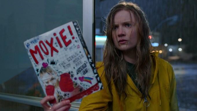 Moxie' Review: Amy Poehler's Progressive Yet Broad YA Dramedy - Variety