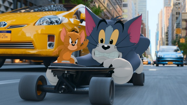 'Tom & Jerry' Review: The Cat-and-Mouse Rivals Wage Big-Screen Battle in This Low-Concept Outing.jpg