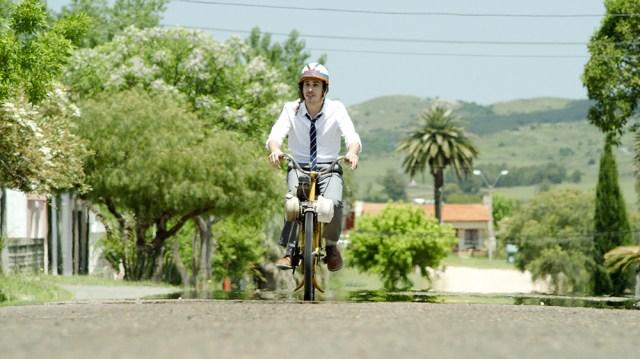 Feel Content Snaps Up Comedy-Thriller 'La teoria de los vidrios rotos' (EXCLUSIVE).jpg