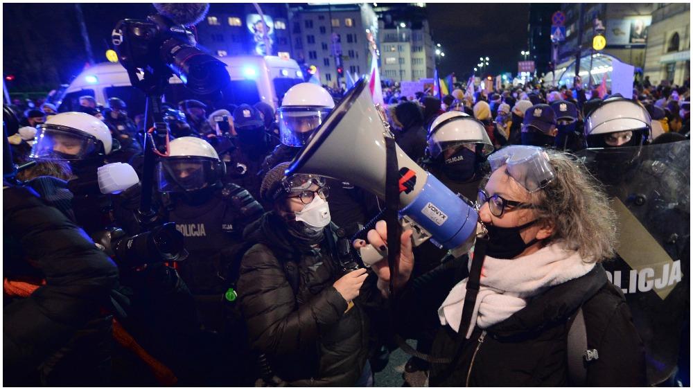 Poland-protests.jpg