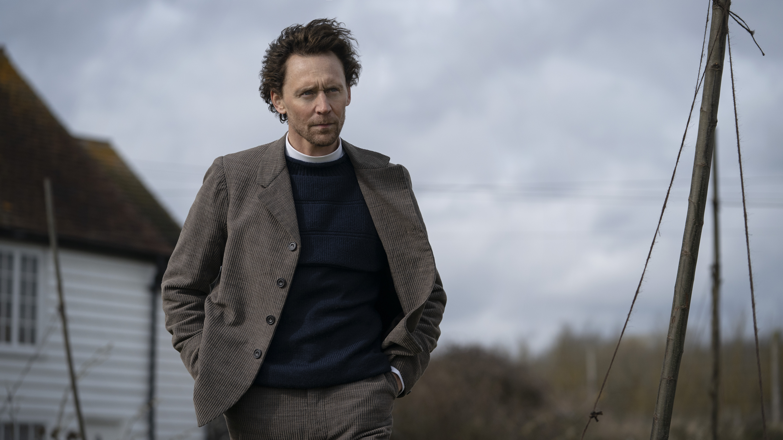 Tom Hiddleston Joins Claire Danes in Apple Drama Series 'Essex Serpent'