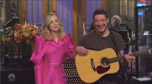 'Saturday Night Live': Marcus Mumford Crashes Carey Mulligan's Monologue