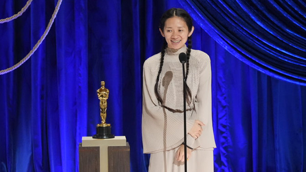 Chloé Zhao Wins Oscar for Best Director for 'Nomadland' - Variety