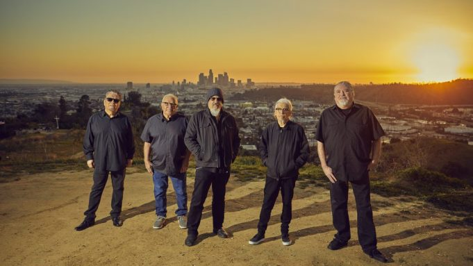 Los Lobos Announce L.A.-Themed Covers Album, Premiere Two New Tracks -  Variety