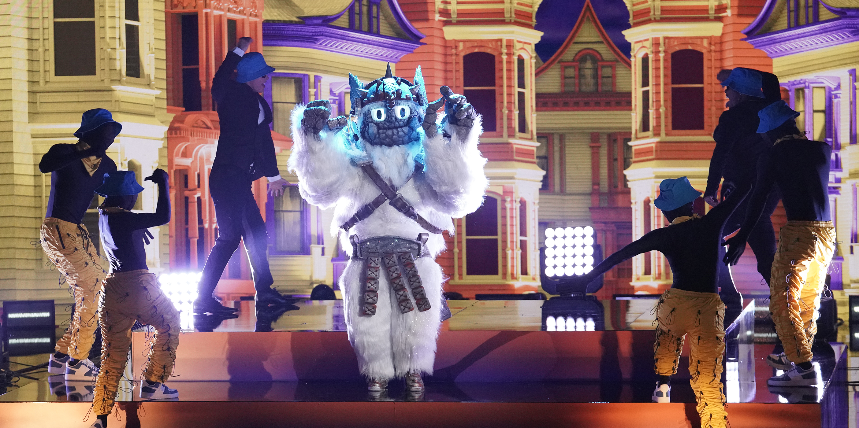 """THE MASKED SINGER: Yeti in the """"The Spicy Six - The Competition Heats Up!"""" episode of THE MASKED SINGER airing Wednesday, May 5 (8:00-9:00 PM ET/PT), © 2021 FOX MEDIA LLC. CR: Michael Becker/FOX."""