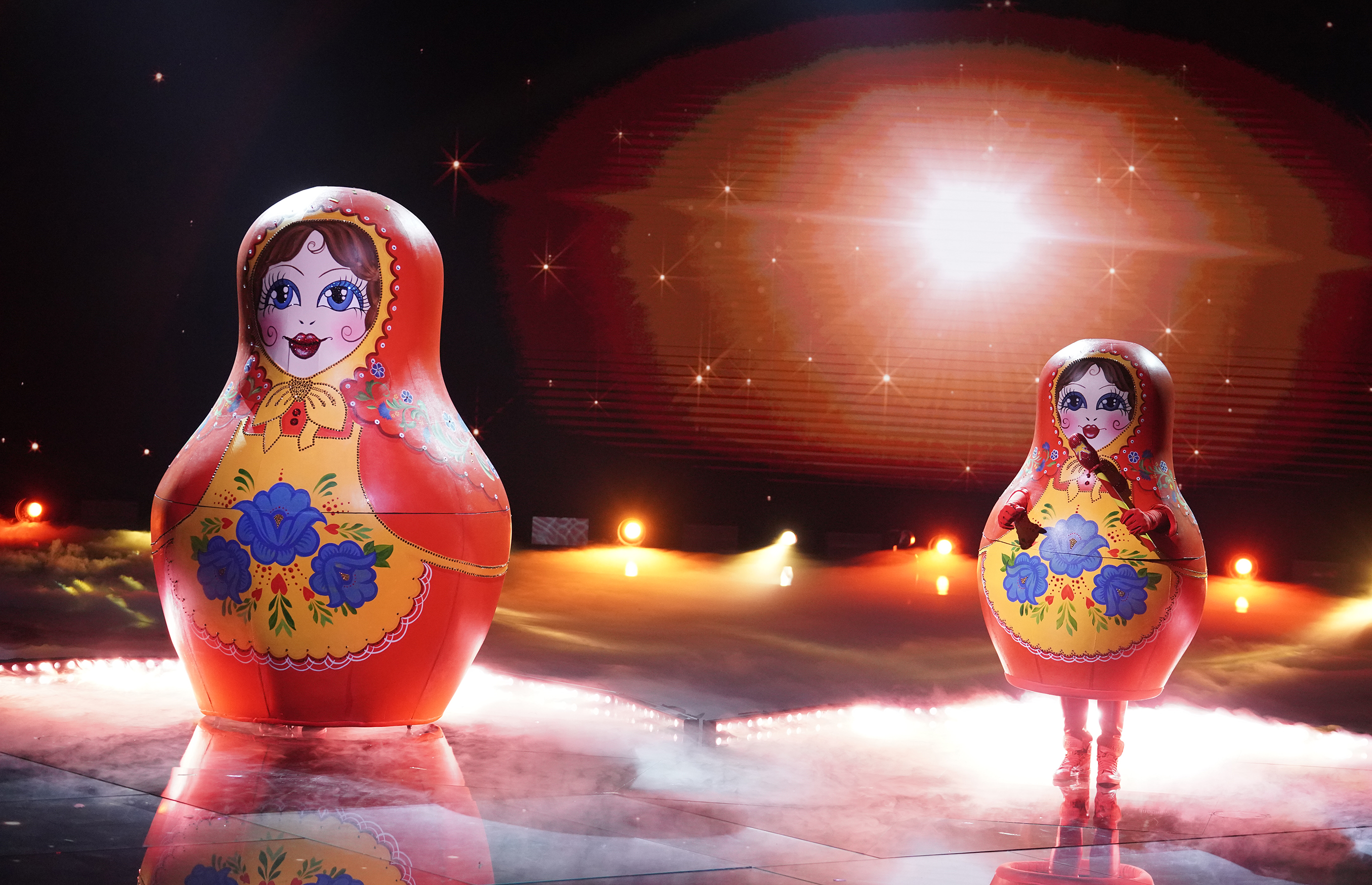 """THE MASKED SINGER: Russian Dolls in the """"The Spicy Six - The Competition Heats Up!"""" episode of THE MASKED SINGER airing Wednesday, May 5 (8:00-9:00 PM ET/PT), © 2021 FOX MEDIA LLC. CR: Michael Becker/FOX."""