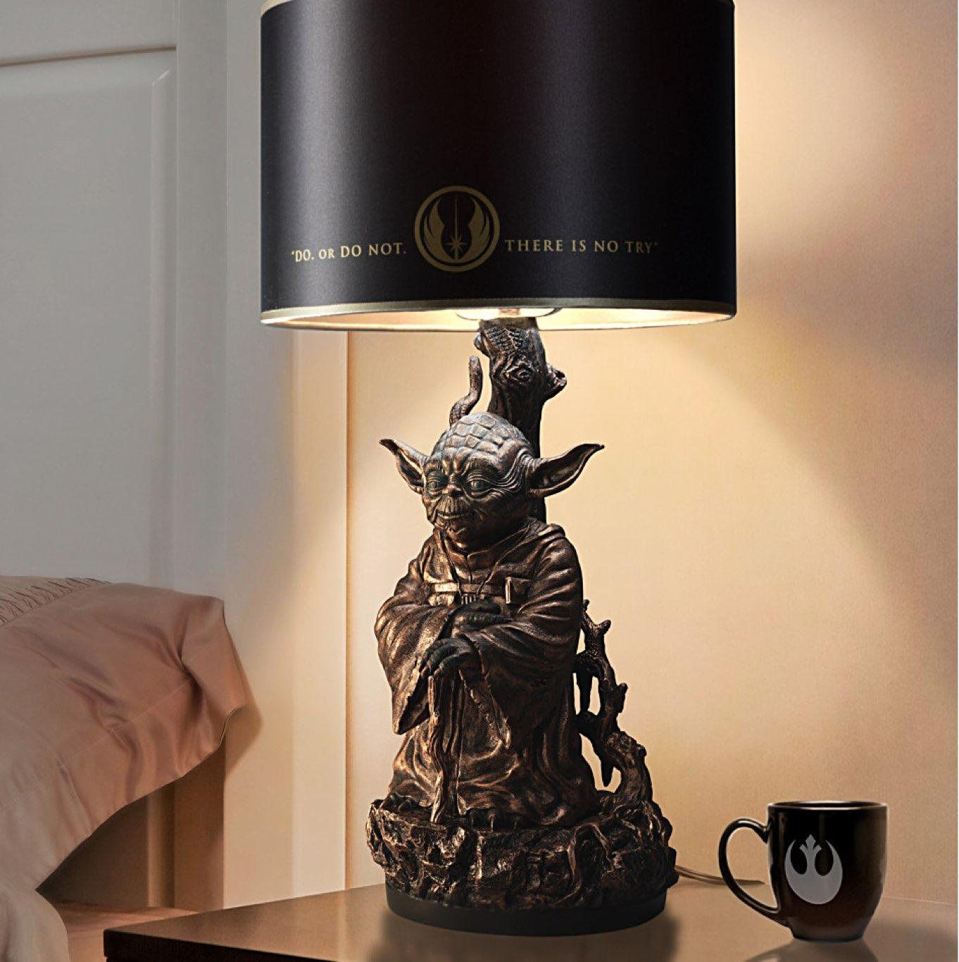 Bronza Yoda Lamp