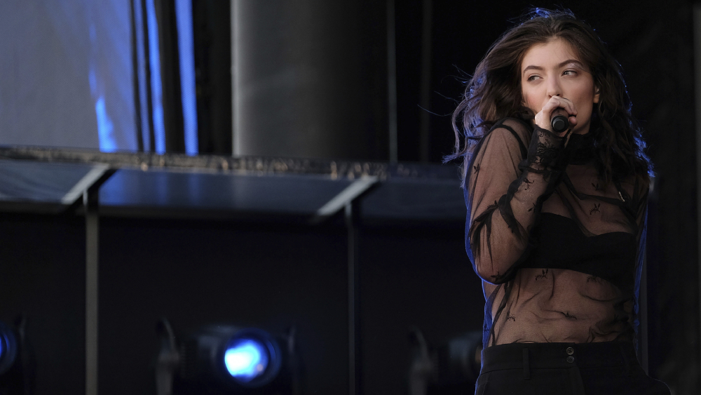 Lorde Promises New Music 'Arriving in 2021' - Variety