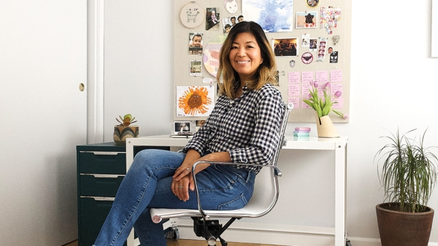 'Made for Love' Boss Makes the Most of Music and Minimalism in Home Office.jpg