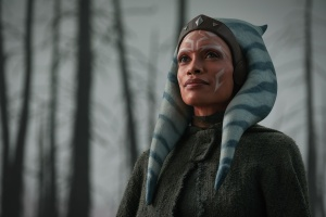 Ahsoka Tano (Rosario Dawson) in Lucasfilm's THE MANDALORIAN, season two, exclusively on Disney+. © 2021 Lucasfilm Ltd. & ™. All Rights Reserved.