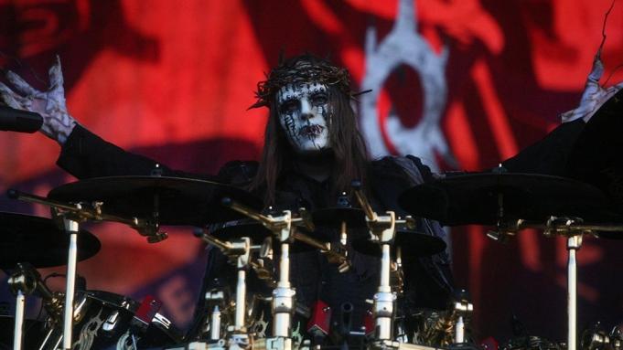 Carnet Noir... - Page 20 Joey-Jordison