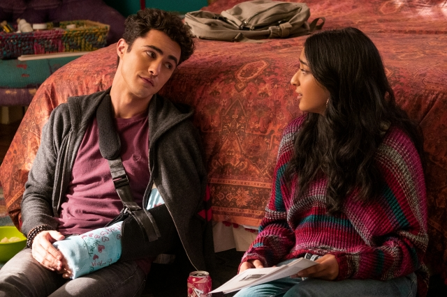 Netflix's 'Never Have I Ever' Is a Very Good Teen Comedy With Very Frustrating Voiceovers.jpg