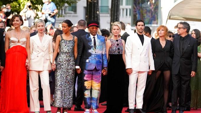 Jury members Maggie Gyllenhaal, from left,