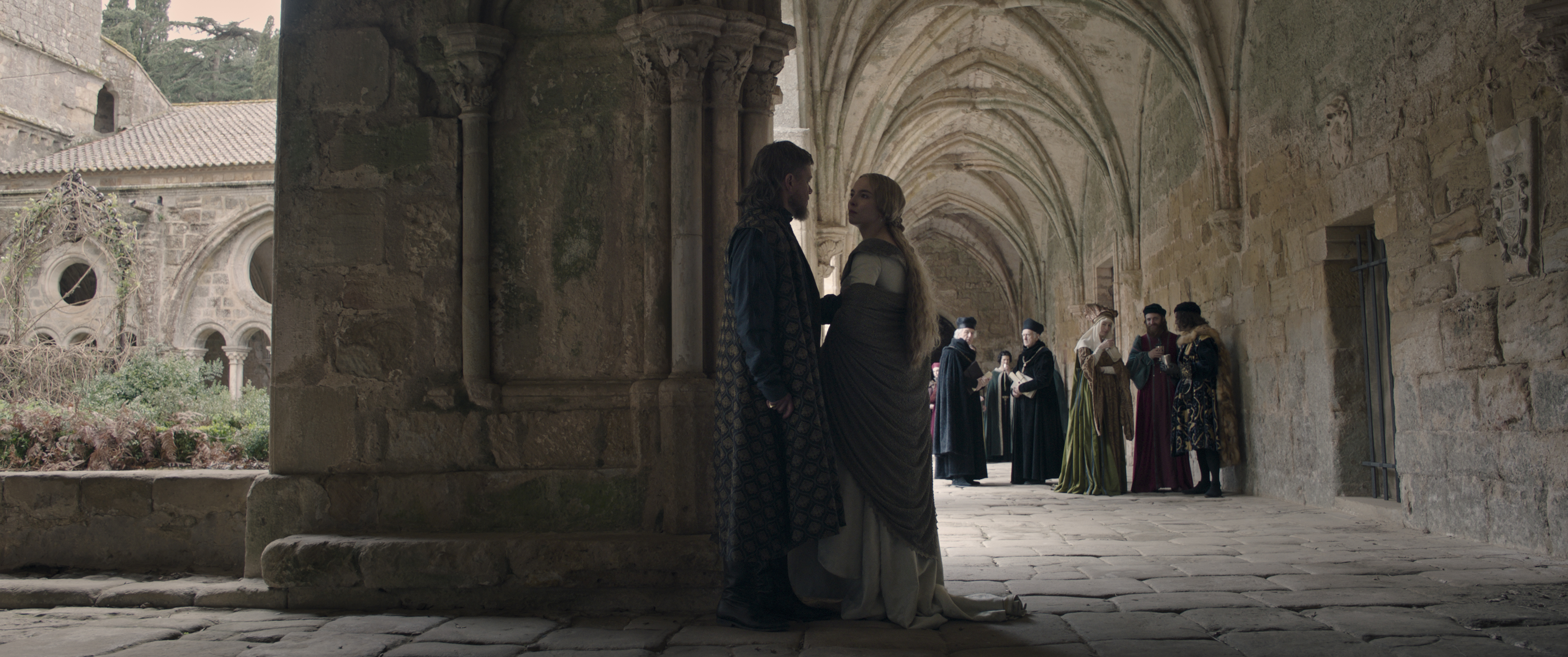 Matt Damon as Jean de Carrouges and Jodie Comer as Marguerite de Carrouges in 20th Century Studios' THE LAST DUEL. © 2021 20th Century Studios. All Rights Reserved.