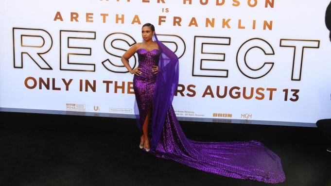 Jennifer Hudson arrives at the premiere