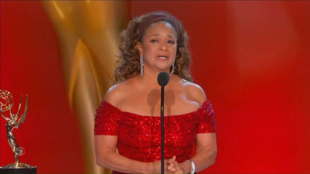 Debbie Allen Accepts Governors Award: 'Let This Moment Resonate With Women Across the World'.jpg