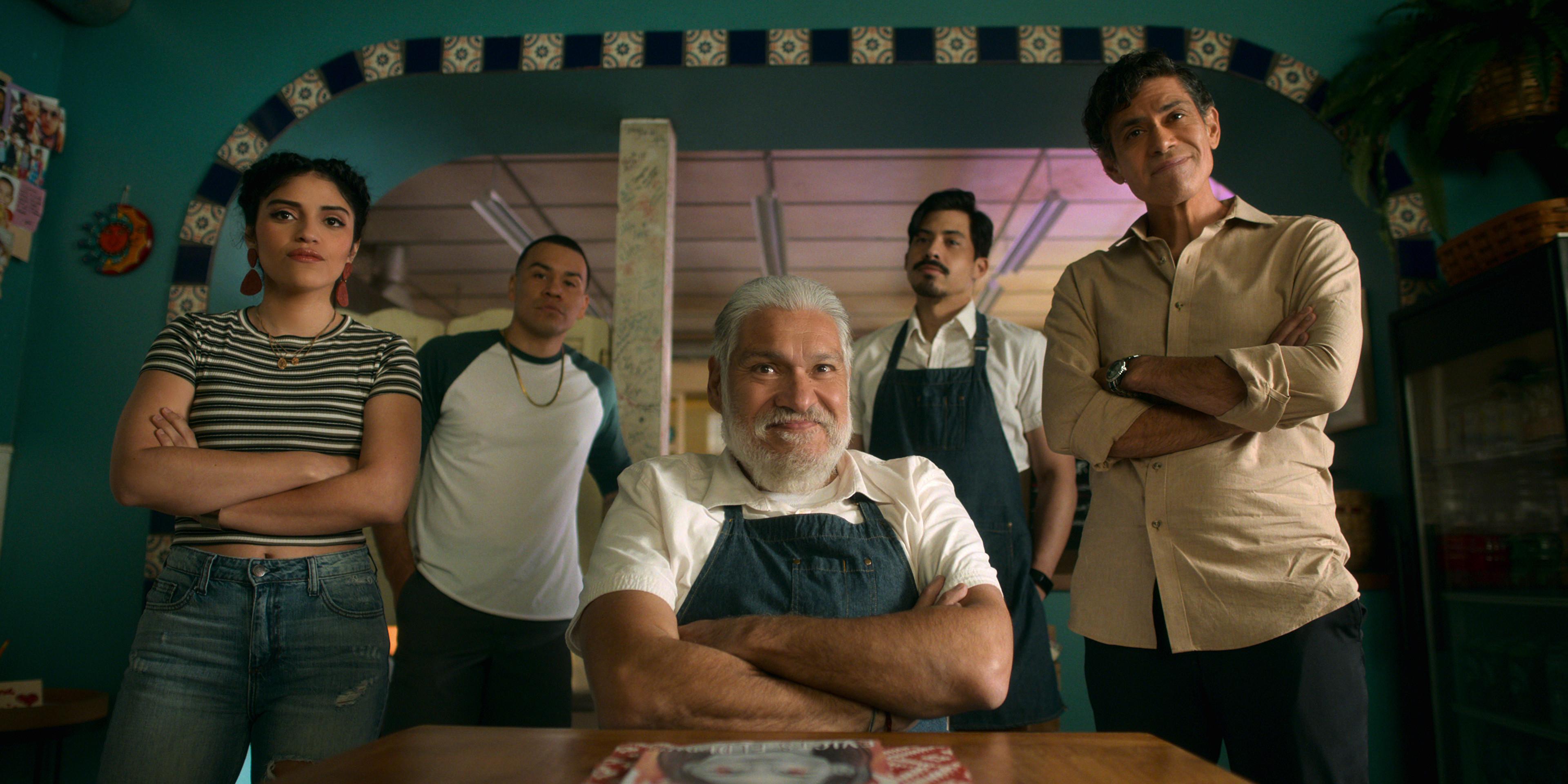 Gentefied Season 2 (L-R). Karrie Martin as Ana, JJ Soria as Erik, Joaquín Cosío as Casimiro, Carlos Santos as Chris, Manuel Uriza as Ernesto, in Gentefied Season 2. COURTESY OF NETFLIX/Netflix © 2021