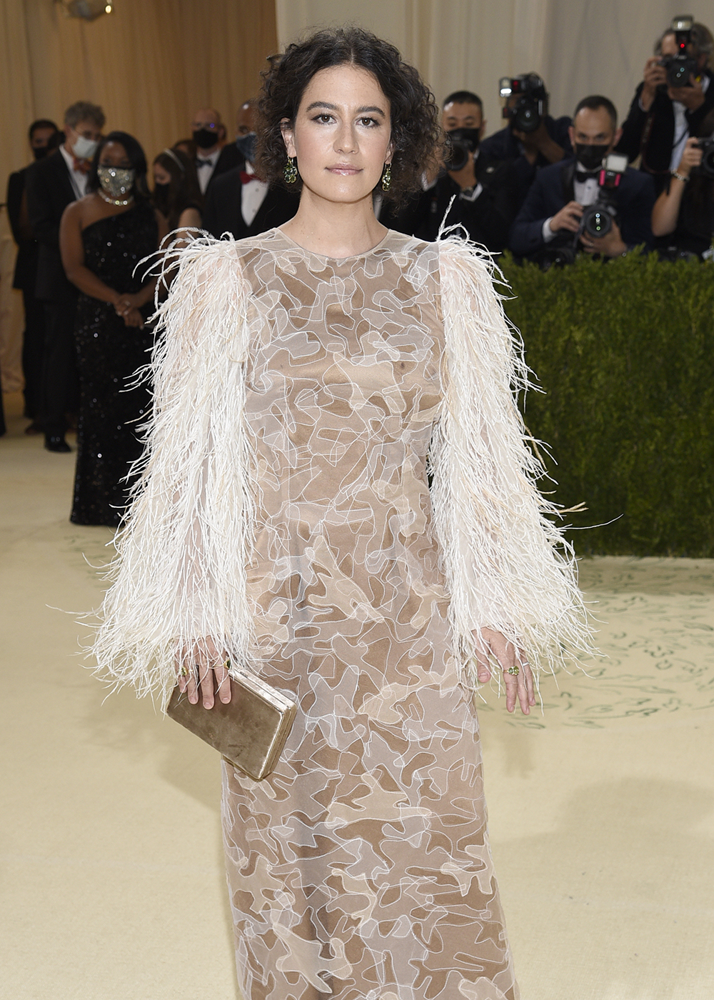 """Ilana Glazer attends The Metropolitan Museum of Art's Costume Institute benefit gala celebrating the opening of the """"In America: A Lexicon of Fashion"""" exhibition on Monday, Sept. 13, 2021, in New York. (Photo by Evan Agostini/Invision/AP)"""