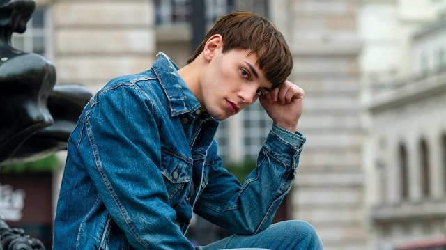 'Everybody's Talking About Jamie' Star Max Harwood on His Film Debut, Living the Dream and Wearing High Heels.jpg