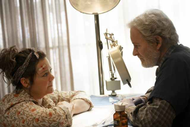 'The Starling' Review: A Maudlin Grief Drama That Clips Melissa McCarthy's Wings.jpg